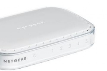 LAN NETGEAR FS605NAR 5x 10/100 Network Switch Netgear